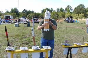 Carl Loads His Delta IV Heavy