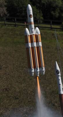 DFR Tech Delta IV Heavy Launch