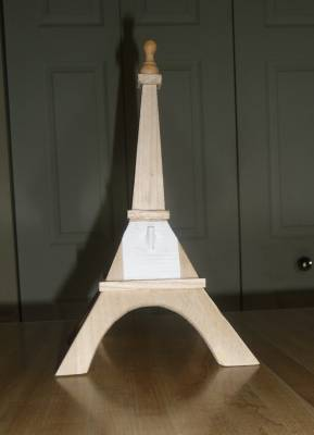 Eiffel Tower (birdhouse roc)