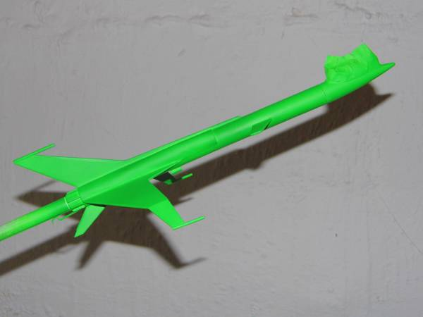 Fluorescent Neon Green paint